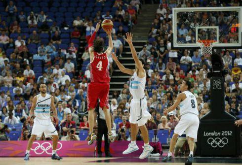 Стратегия ставок на трехочковые броски в баскетболе